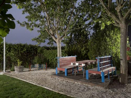 Meson_Casa_Pedro_jardin_004