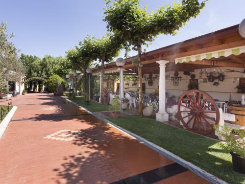 Meson_Casa_Pedro_jardin_022